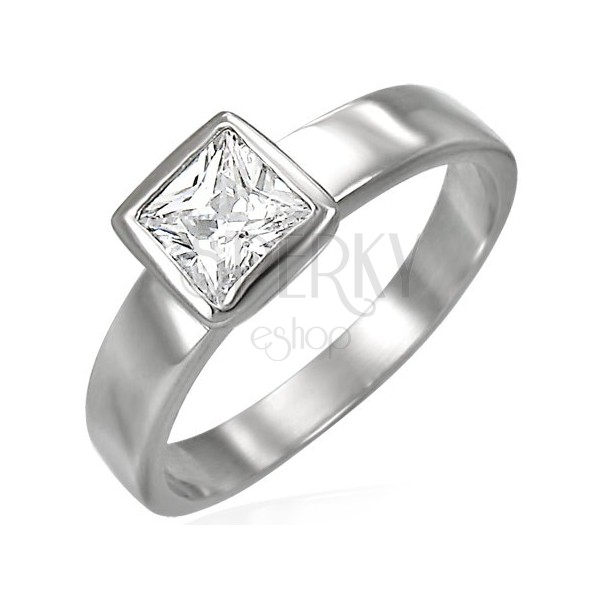Ring aus Edelstahl besetzt mit quadratförmigem Zirkonia