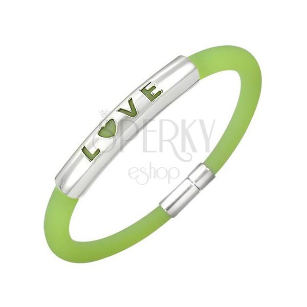 Gummiarmband in einem grünen Farbton - Metallplatte mit einer Aufschrift LOVE