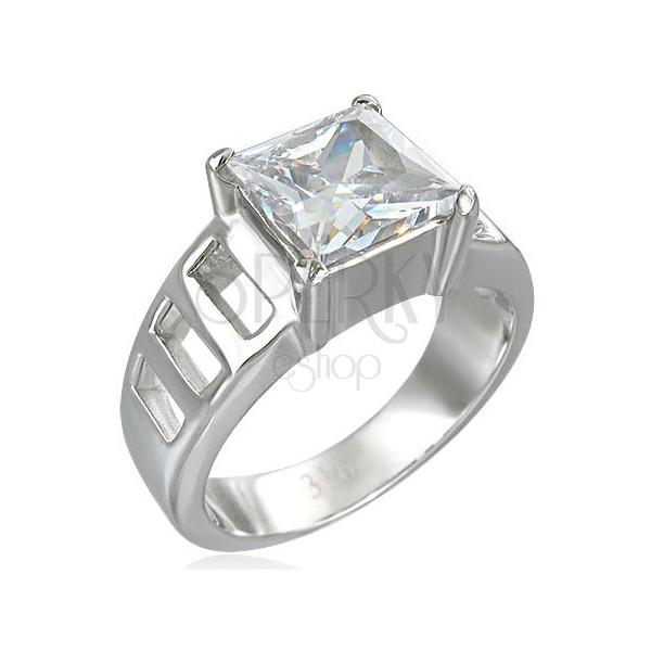 Silberner Verlobungsring mit großem quadratförmigem Zirkonia, Aussparungen