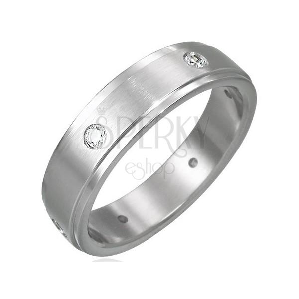 Mattierter Ring aus Chirurgenstahl besetzt mit sechs Steinen