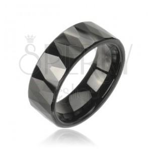 Tungstenring mit Muster aus geschliffenen schwarzen Rauten