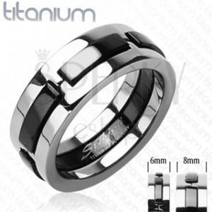 Ring aus Titan mit schwarzen herausragenden Streifen