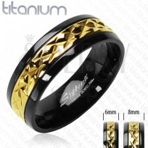Schwarzer Titanring mit goldenem dekorativem Streifen