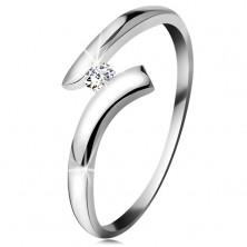 Diamantring aus 14K Weißgold - glitzernder klarer Brillant, gebogene Ringschiene