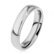 Ring aus 316L Stahl, silberfarben, glänzende Mitte, verzierter Rand