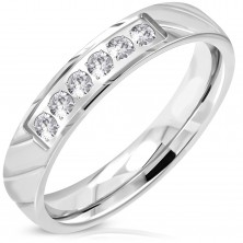 Ring aus 316L Stahl, silberne Farbe, glitzernde klare Zirkonialinie, 4 mm