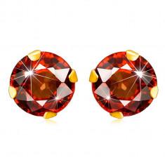 9K Gelbgold Ohrringe – geschliffener runder Zirkon in roter Farbe