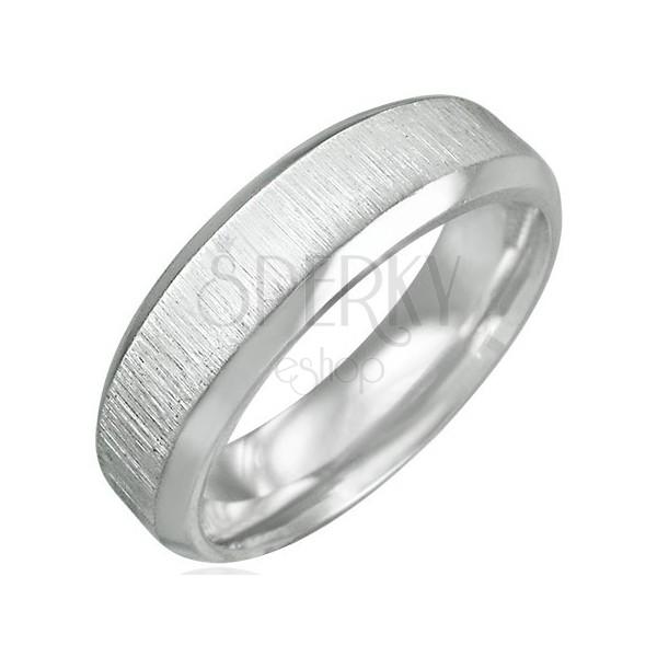 Ring aus Chirurgenstahl in matt-glänzender Fassung