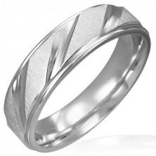 Mattierter Hochzeitsring aus Stahl mit polierten schrägen Streifen
