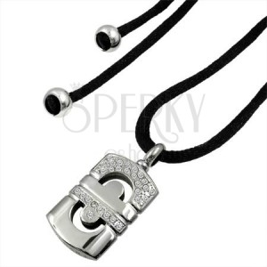 Halskette mit geometrischem Edelstahlanhänger und Zirkonia